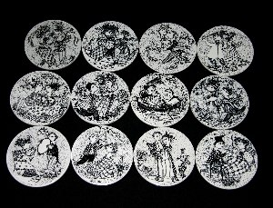 Bjorn Wiinblad 12 month plates in black and white