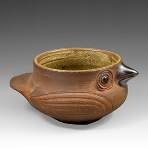 Bird-shaped small bowl, could be used as a salt cellar, from Dybdahl, Denmark.