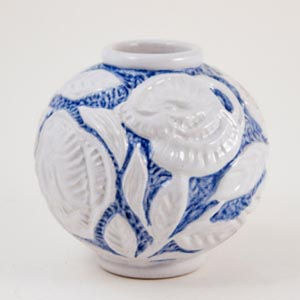 michael andersen & son blue and white floral ball vase1930-1950