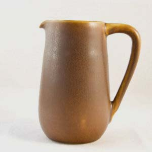 creamer in a light brown haresfur glaze designed by per linneman-schmidt for Palshus