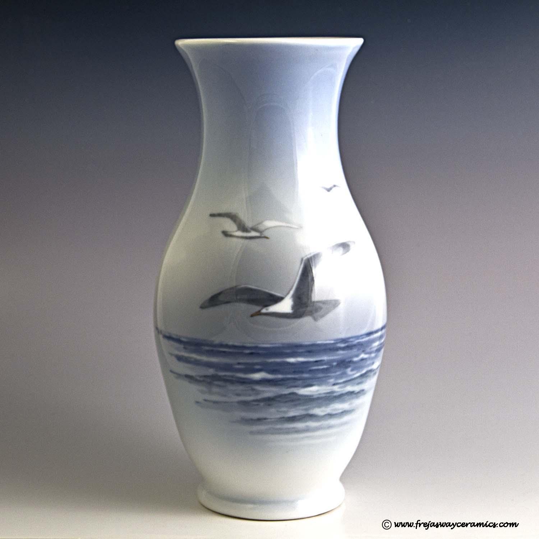 Royal copenhagen art nouveau royal copenhagen art nouveau vase seagull motif 1138 over 2289 reviewsmspy
