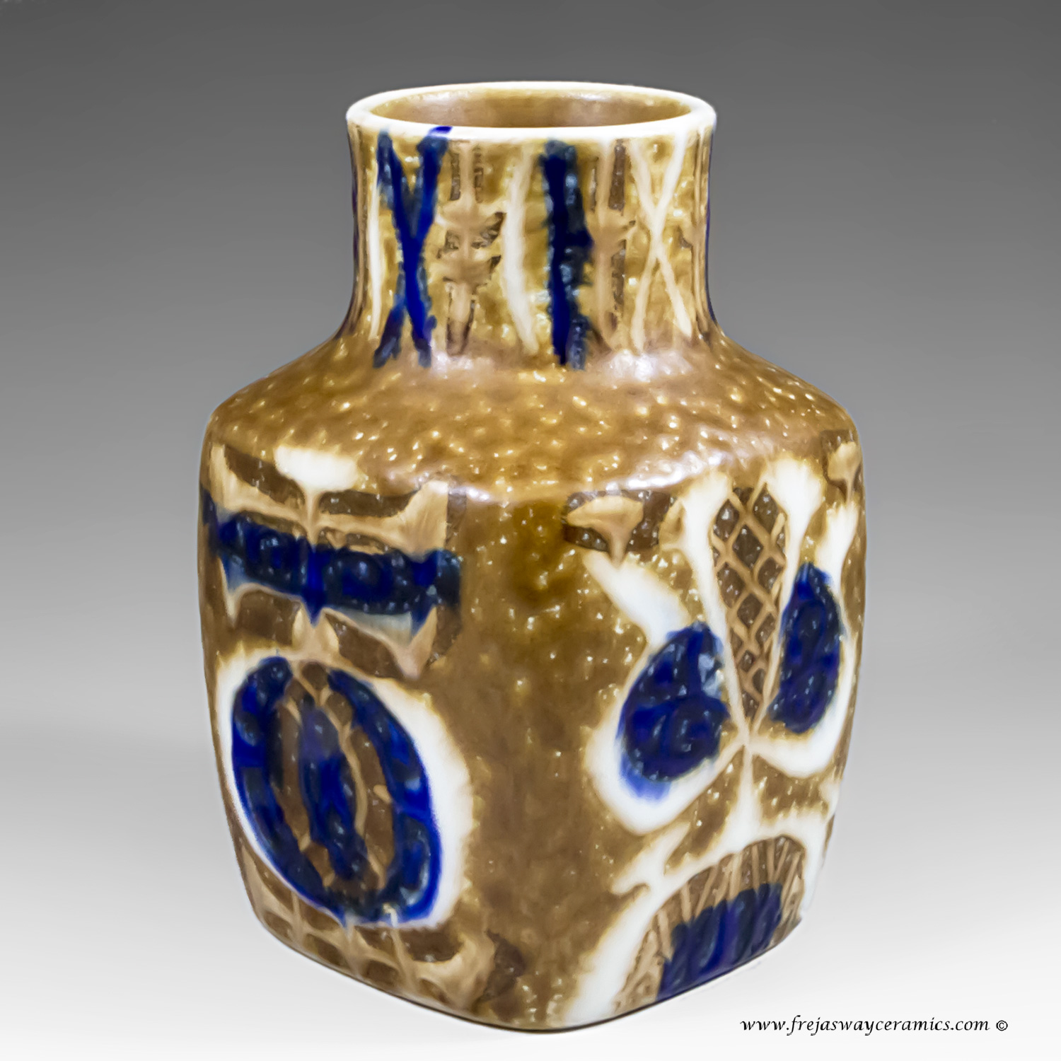 Royal copenhagen page 1 small baca vase by nils thorsson for royal copenhagen 720 over 3361 reviewsmspy