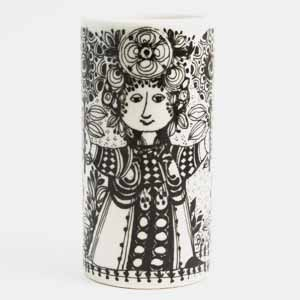 bjorn wiinbald tall flora vase in black